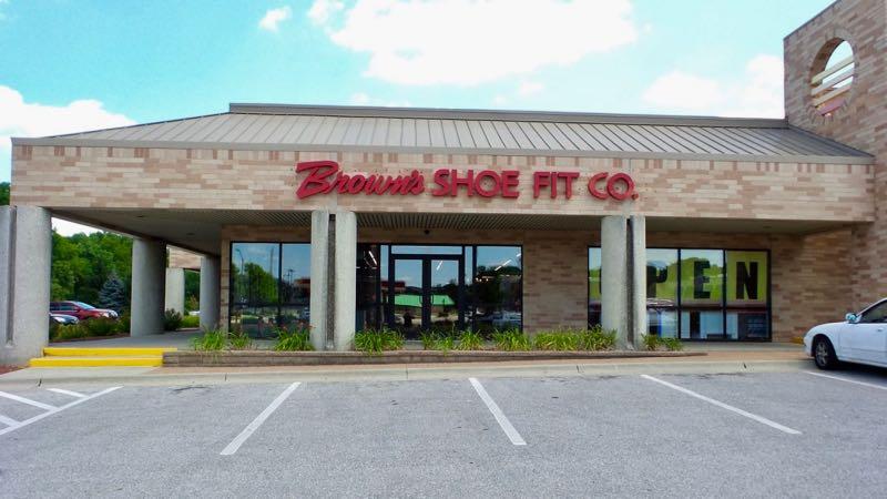 West Des Moines shoe store