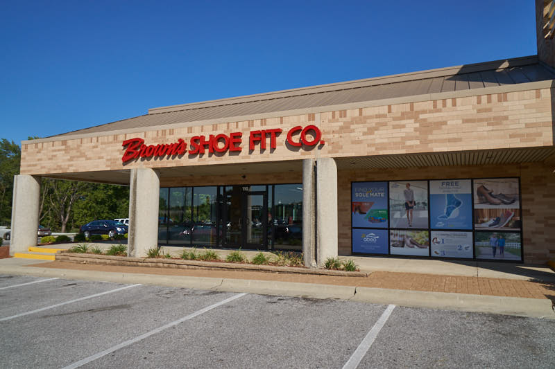 Browns Shoe Fit Co West Des Moines